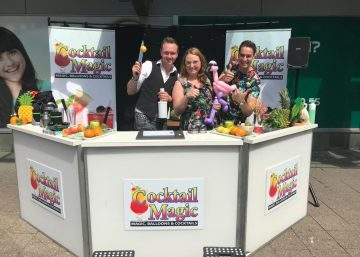 Cocktail magic - Evert van Asselt - in winkelcentrum Hoogvliet